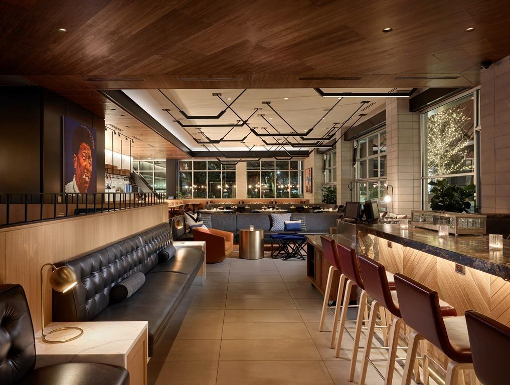 Earls Kitchen Bar Newcity Lincoln Park